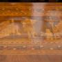 Biedermeiertisch mit aufwändiger Einlegearbeit um 1830