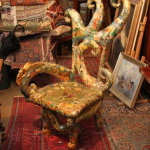 Fantasie / Design Sessel Lackarbeit mit Religiösen Motiven