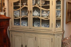 Aufsatzvitrine Barock, alte Verglasung